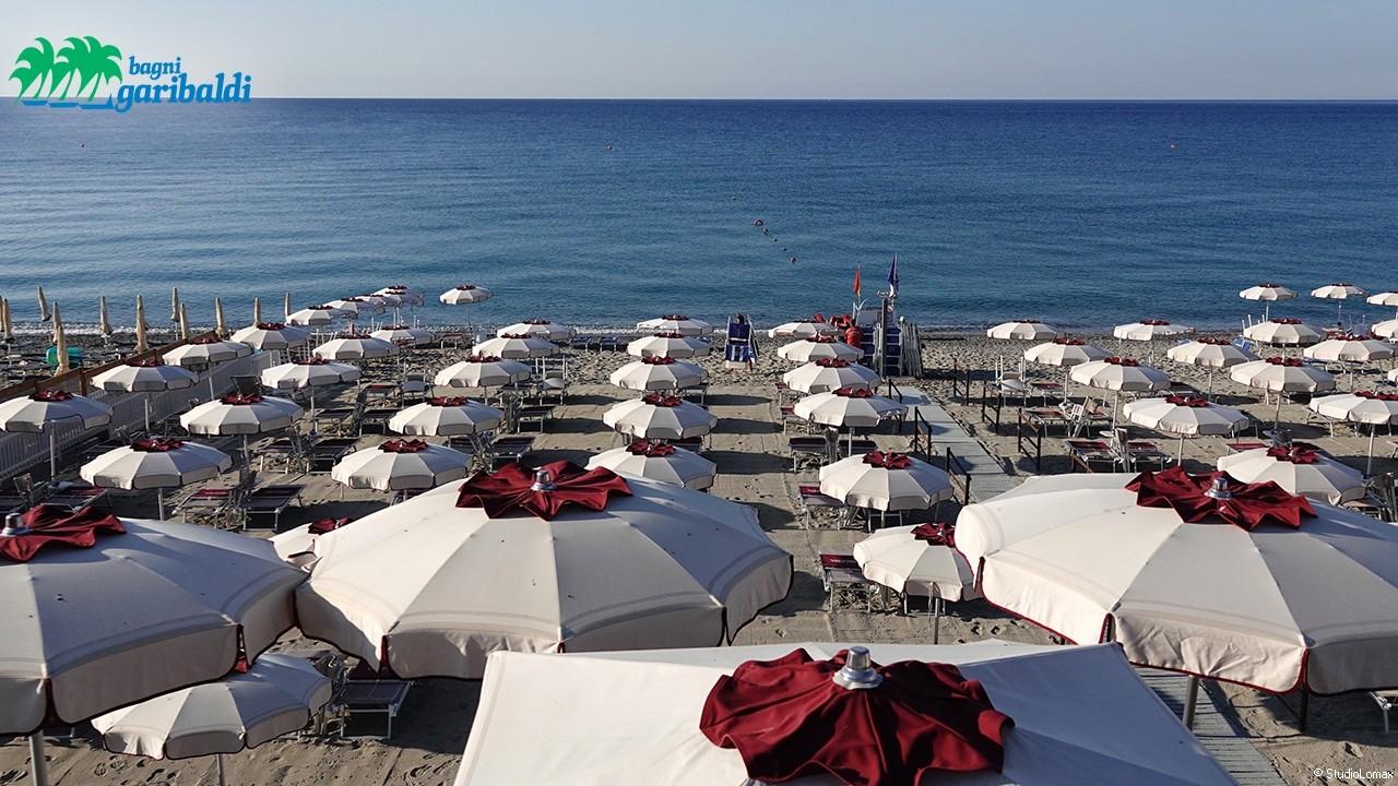 Bagni Pescetto Albisola Superiore : Play beach migliori spiagge bagni beach club stabilimenti